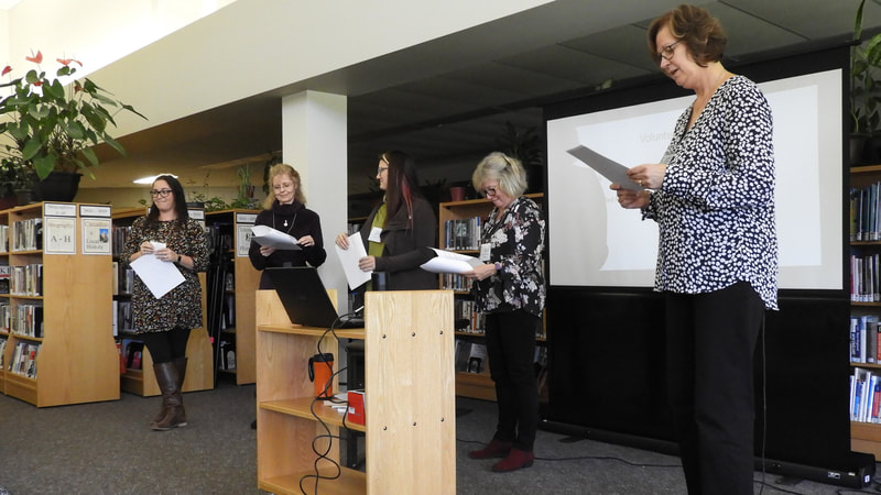 Readers Theatre 101. Setting the stage with some volunteers